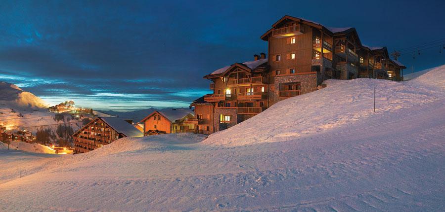 france_paradiski-ski-area_la-plagne_les_grange_du_soleil_apartments_exterior.jpg